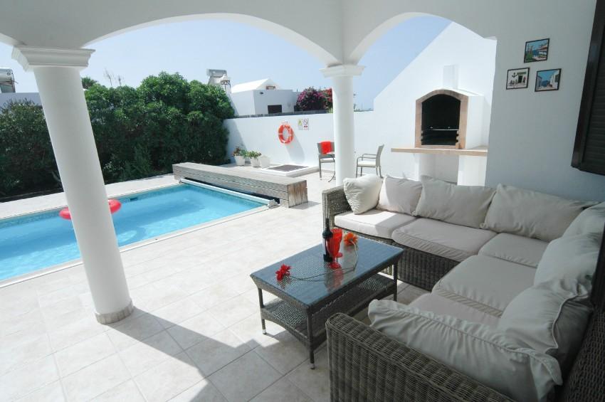 Villa LVC200850  Relax on the terrace