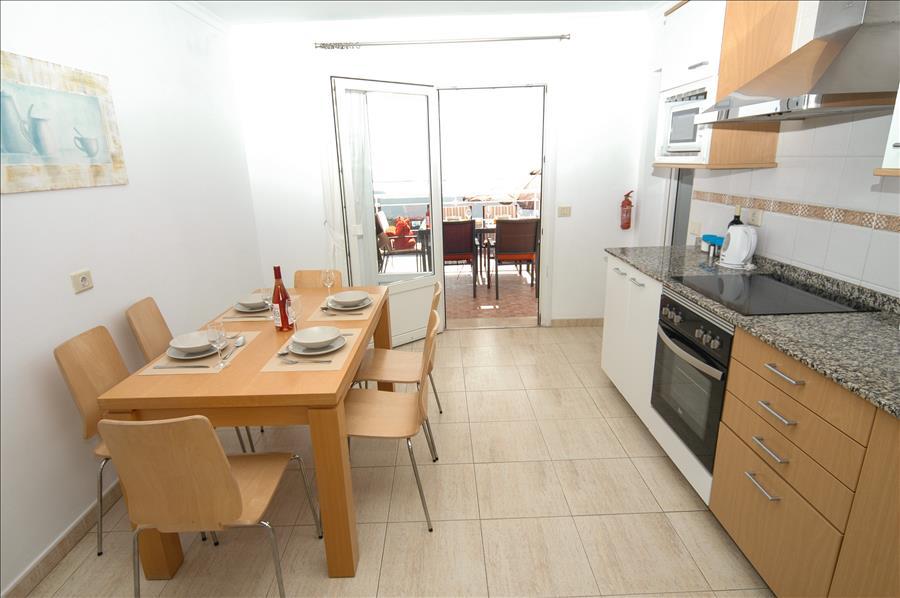 Villa LVC204213 Fitted kitchen