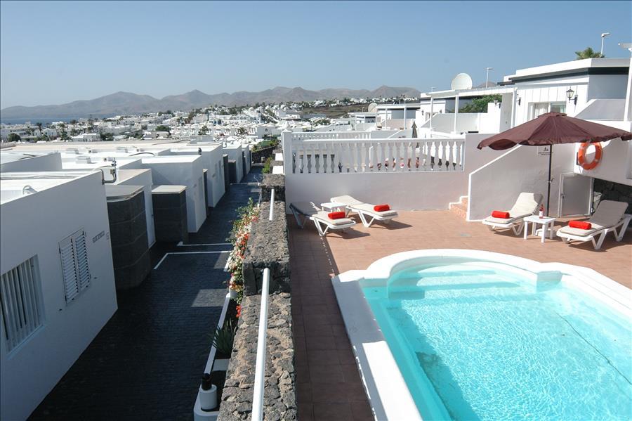 Villa LVC204213 Elevated views