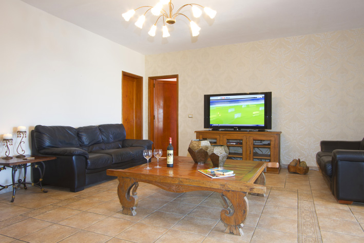 Villa LVC211088 Lounge with internet TV
