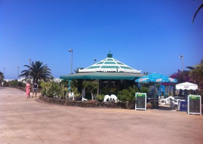 LVC211964 Costa Teguise seafront bar