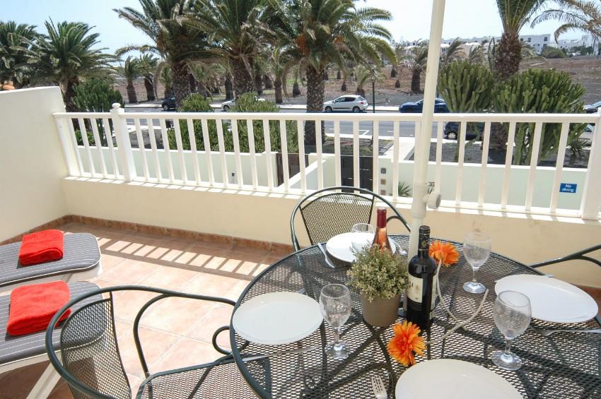 LVC211964 Balcony overlooking pool