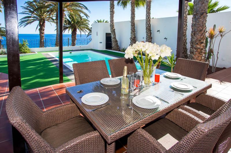 LVC215921 Villa overlooking the sea