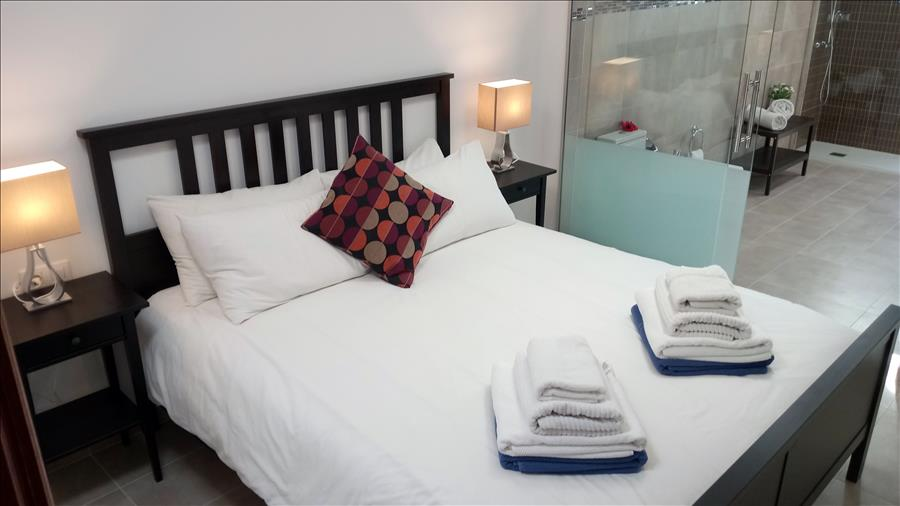 LVC215921 Bedroom with double bed