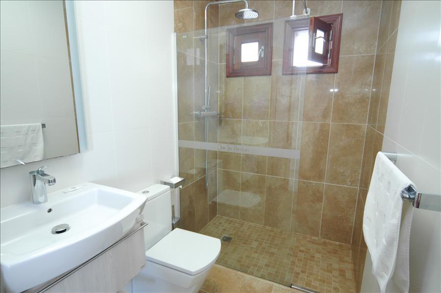 Villa LVC216123 Bathroom