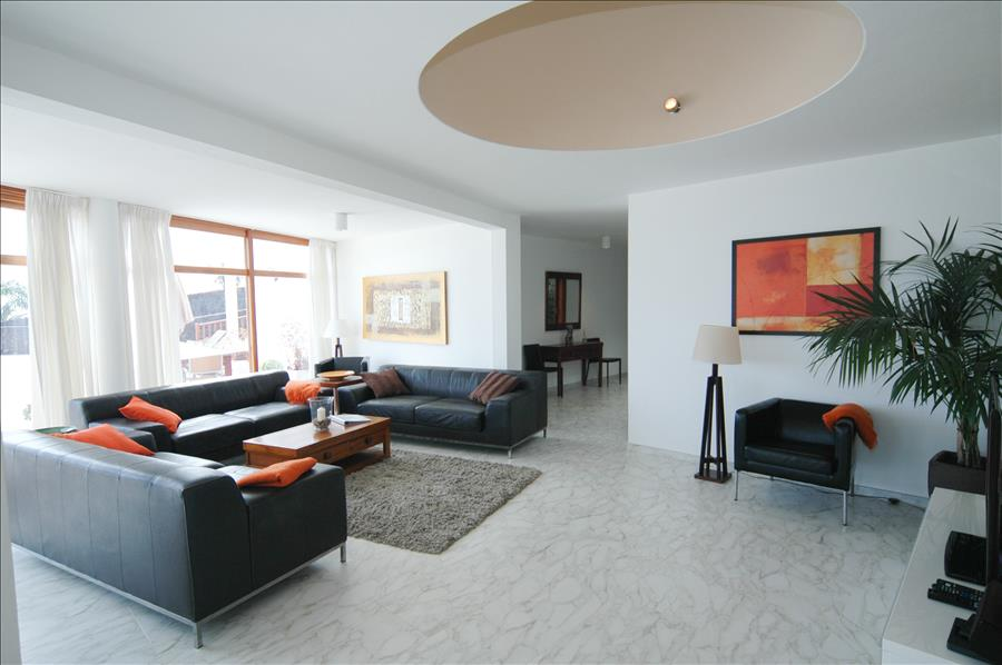 Villa LVC216123 Ample lounge with large picture windows