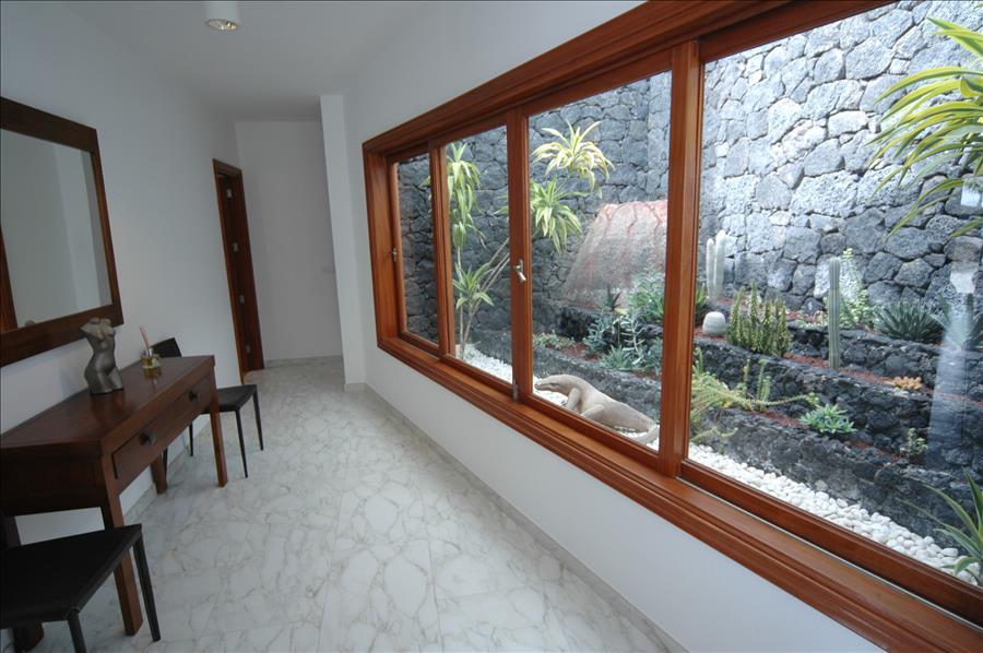 Villa LVC216123 Indoor garden main house