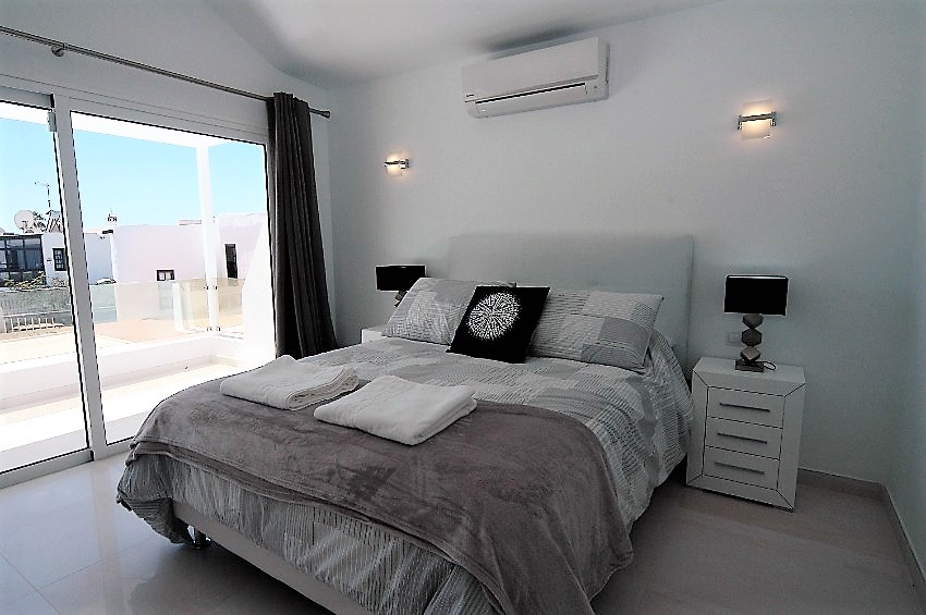 Villa LVC222099 - Upstairs bedroom with king size bed and air conditioning