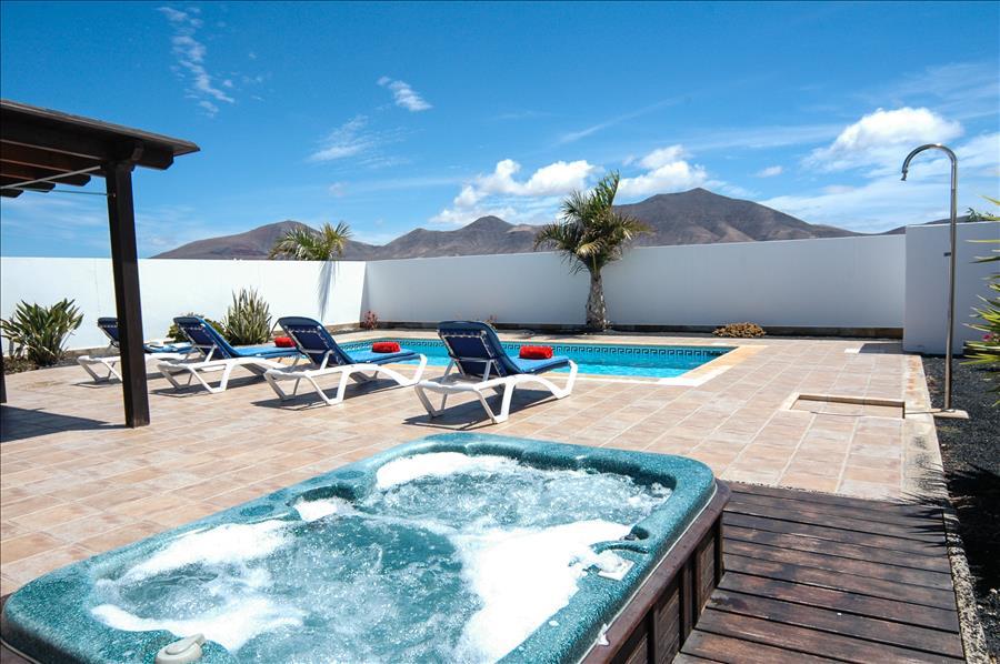 LVC227773 Villa for 4 people in Playa Blanca