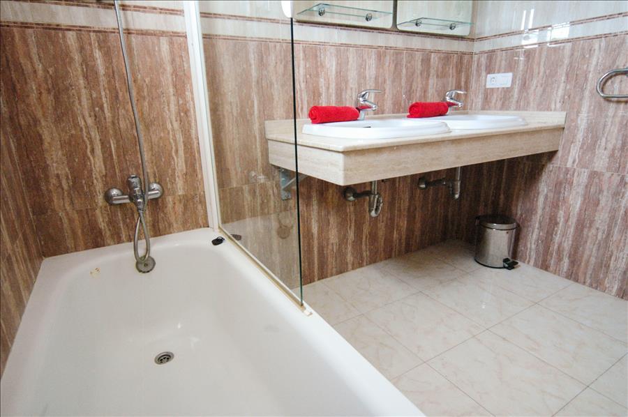 Villa LVC227774 Bathroom