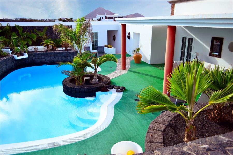 Villa LVC230884 4 bedroom Villa in Lanzarote