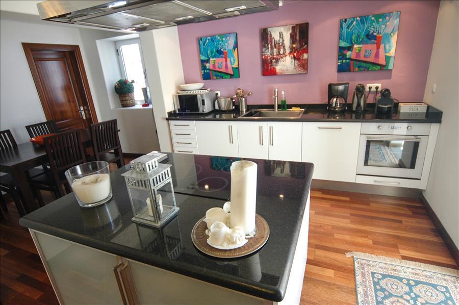 Villa LVC230884 Kitchen with mod cons