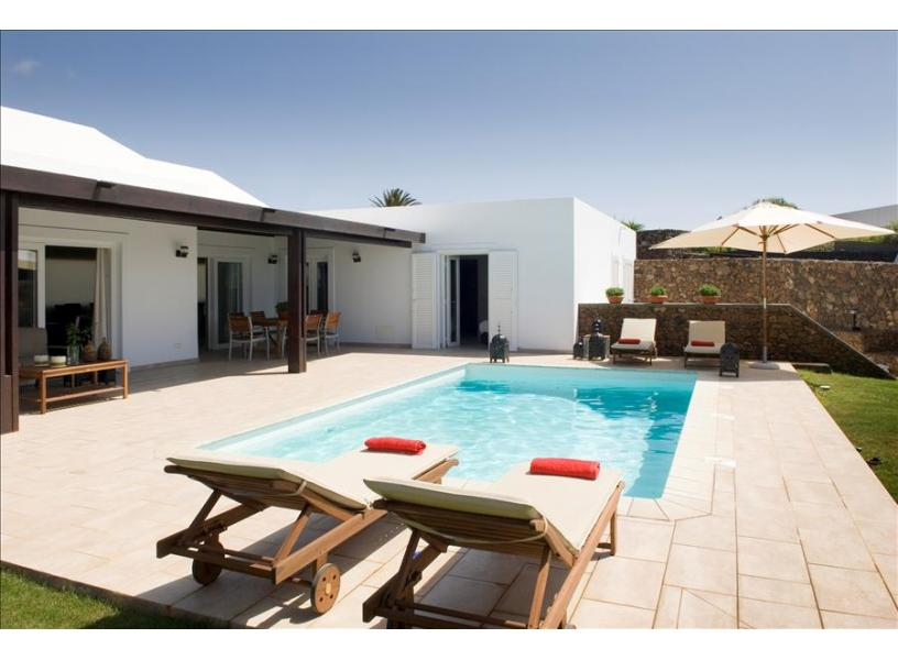 LVC238101 Holiday Villa with private pool
