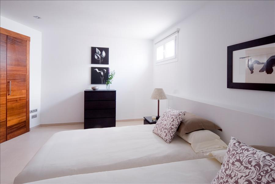 LVC238101 Twin beds