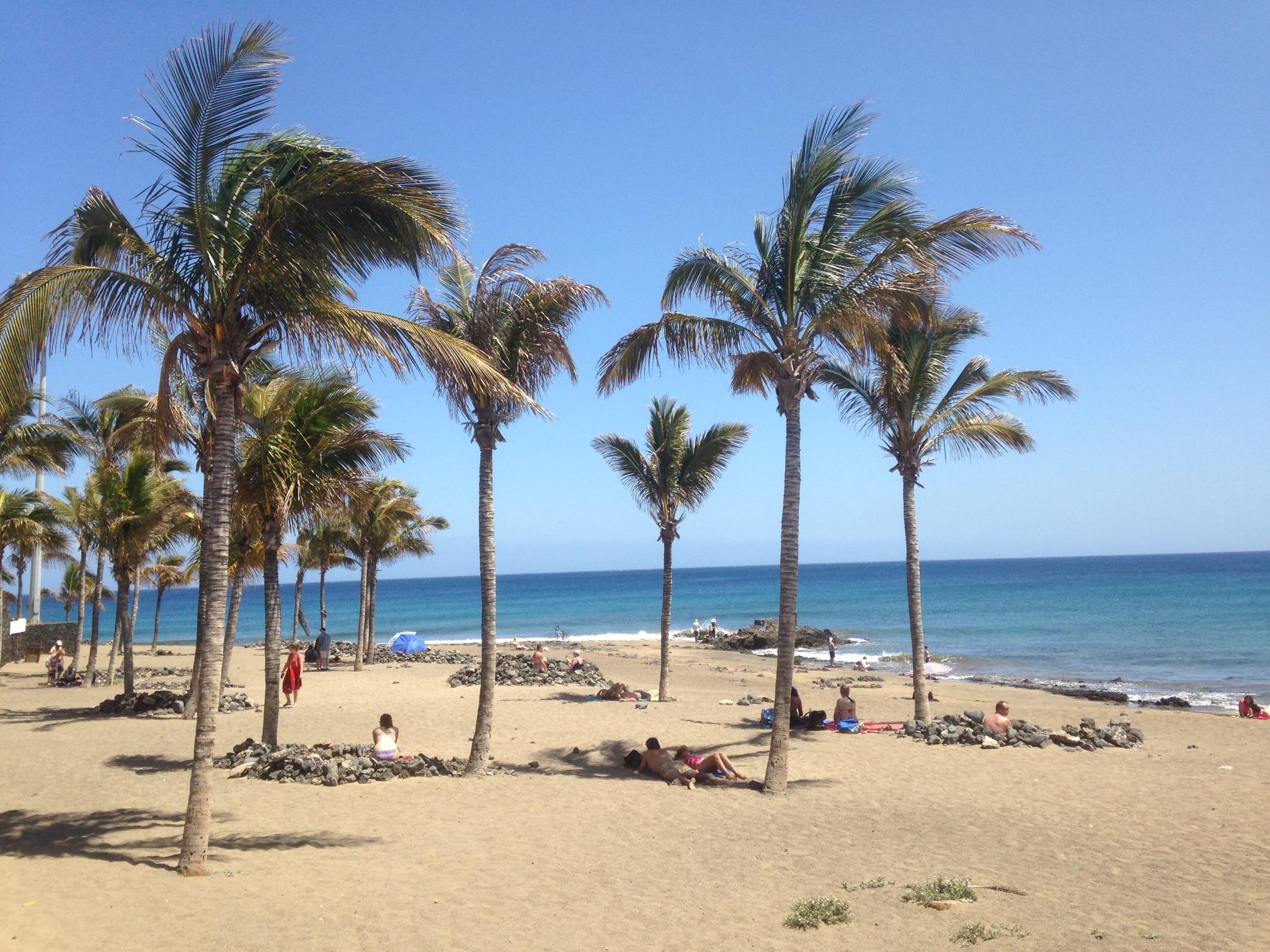 Beach at central Puerto del Carmen