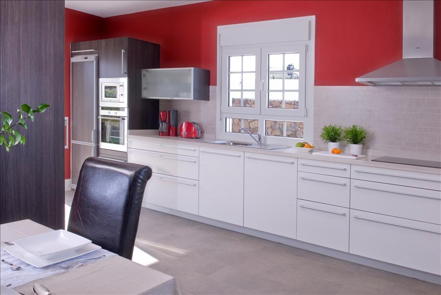 Villa LVC238104 Modern fitted kitchen