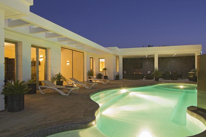 Villa LVC240861 Nightime by the pool