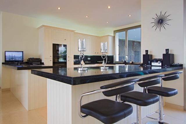 Villa LVC240861 Fully fitted modern kitchen