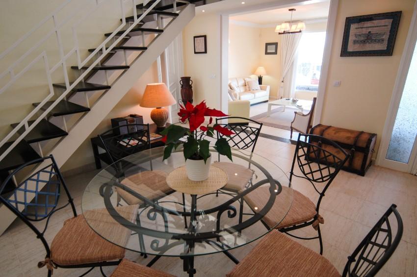 Villa LVC253701 - Dining area