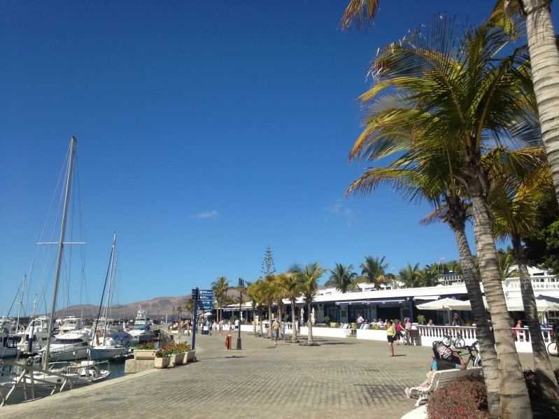 Puerto Calero Marina - shops, bars and restaurants
