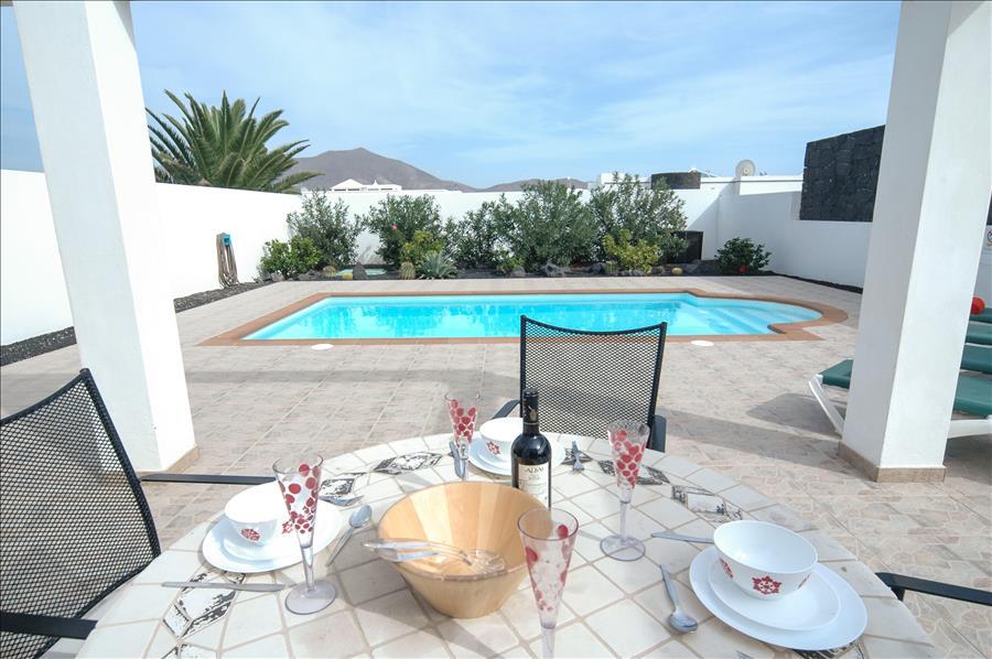 LVC256111 Holiday villa in Playa Blanca