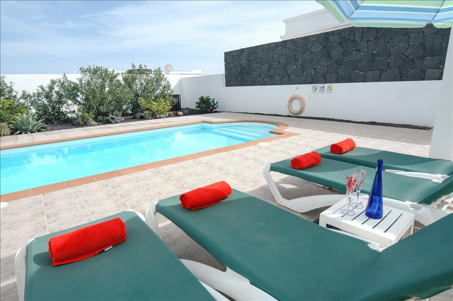 LVC256111 Villa with private pool