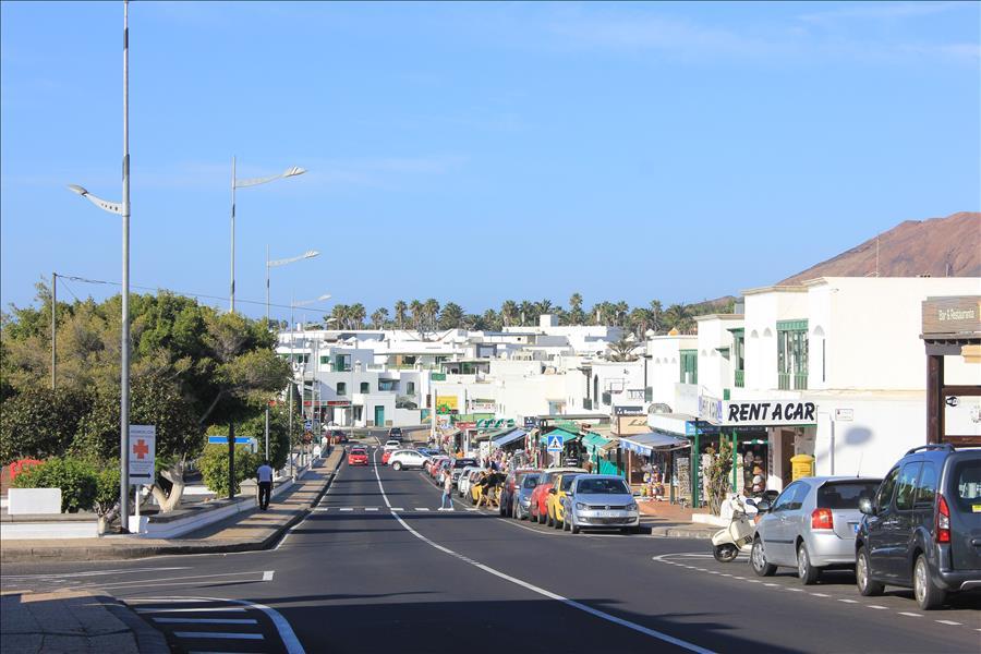 Playa Blanca main street