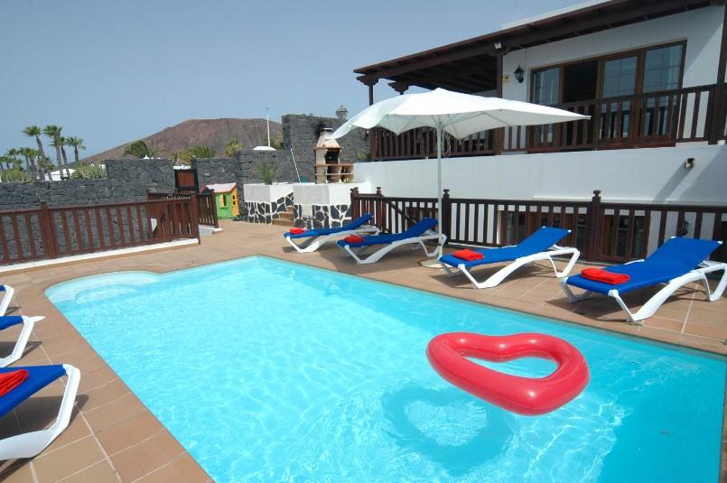 LVC261708 5 bdroom villa inPlaya Blanca Lanzarote