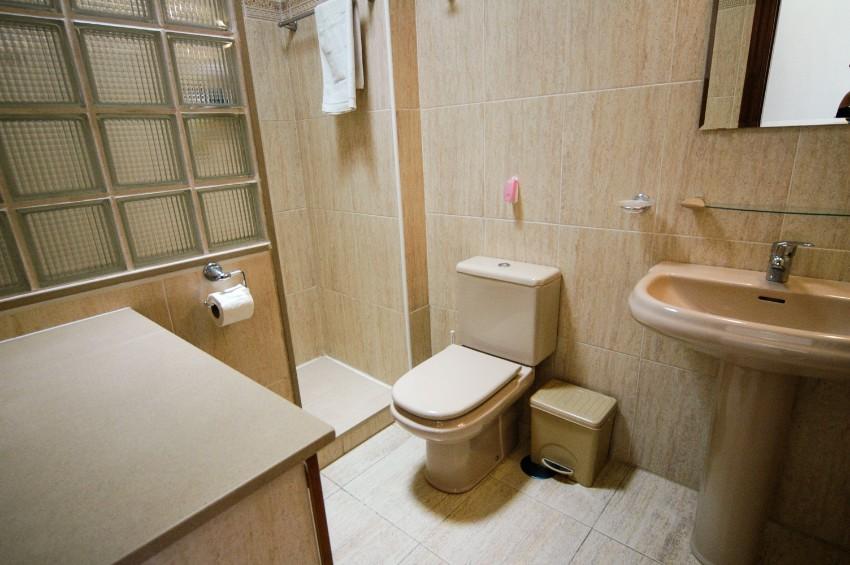 Villa LVC265759 En suite shower room