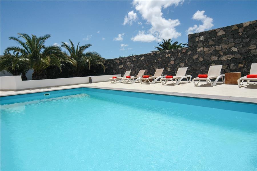 Villa LVC268839 6 bedroom villa Puerto Calero