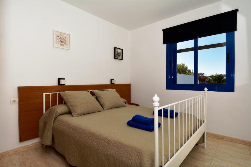 LVC289057 Double bedroom