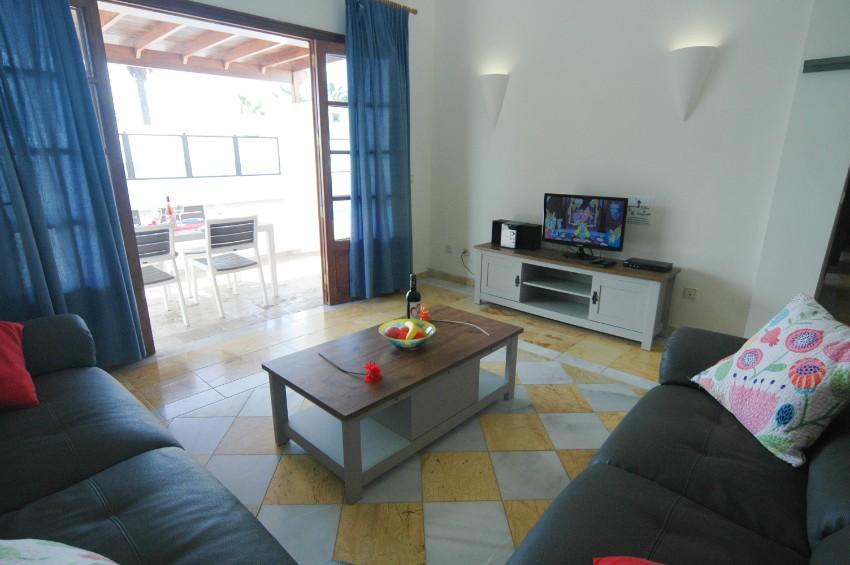Villa LVC291370 Doors from lounge lead to pool terrace