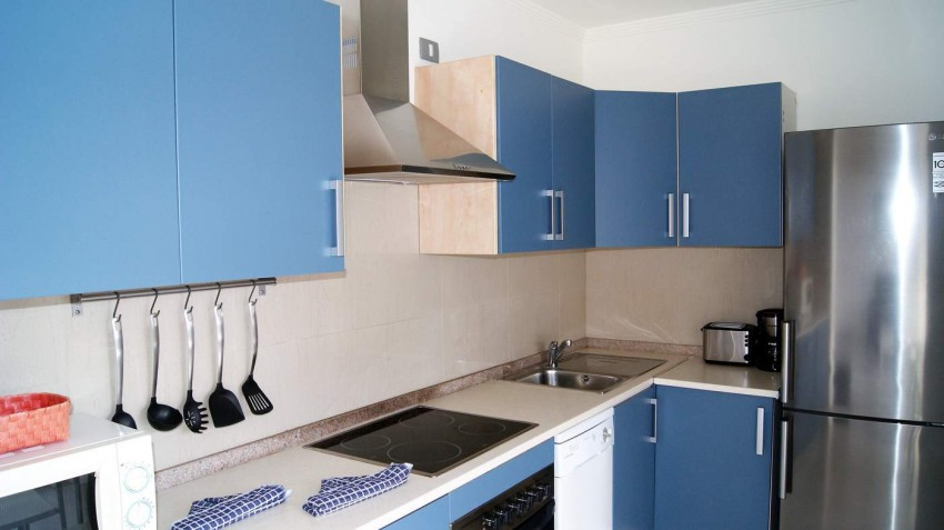 LVC292215 Fitted kitchen