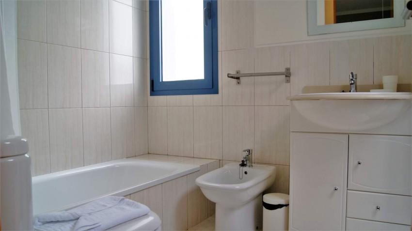 Villa LVC292215 Bathroom and shower