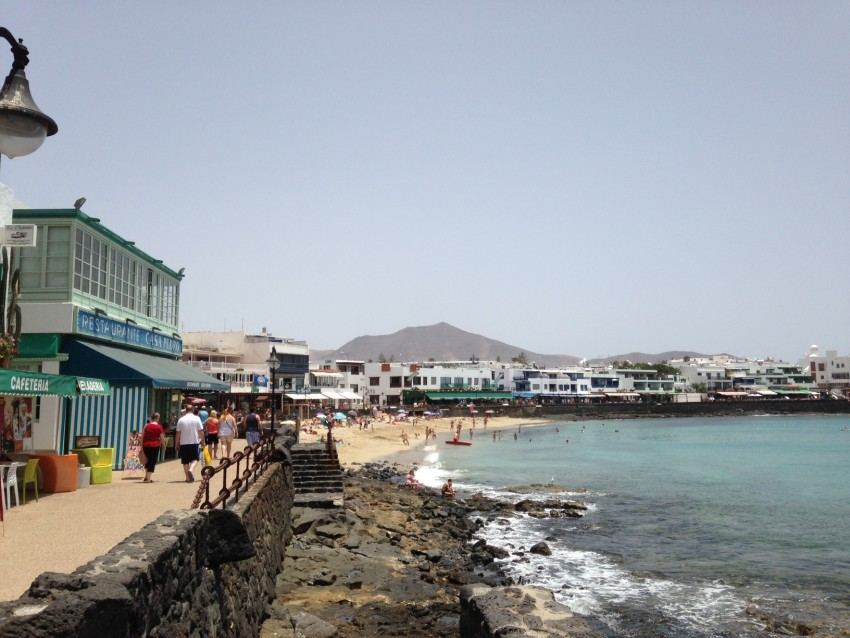 Coastal path in the centre of Playa Blanca