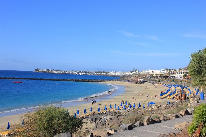 White sandy beaches in Playa Blanca