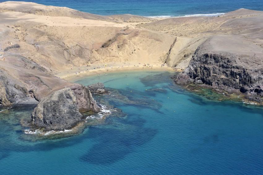 Papagayo beaches in Playa Blanca