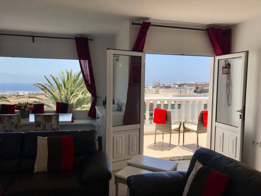 Villa LVC299791 Patio doors to elevated terrace