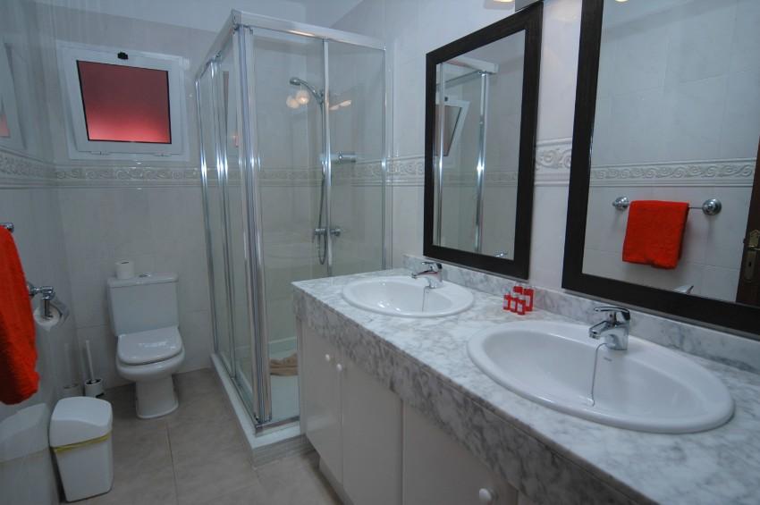 Villa LVC299791 Bathroom with walk in shower