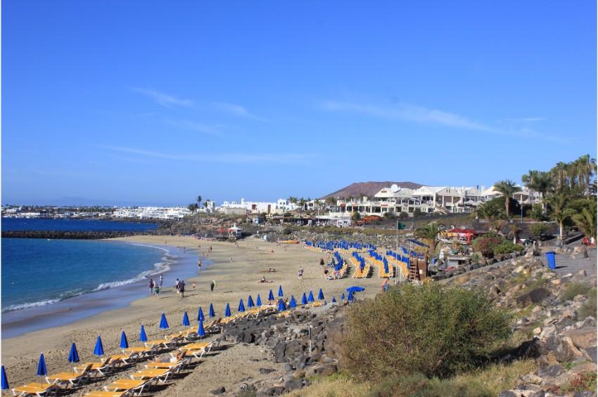Playa Flamingo Beach , Playa Blanca