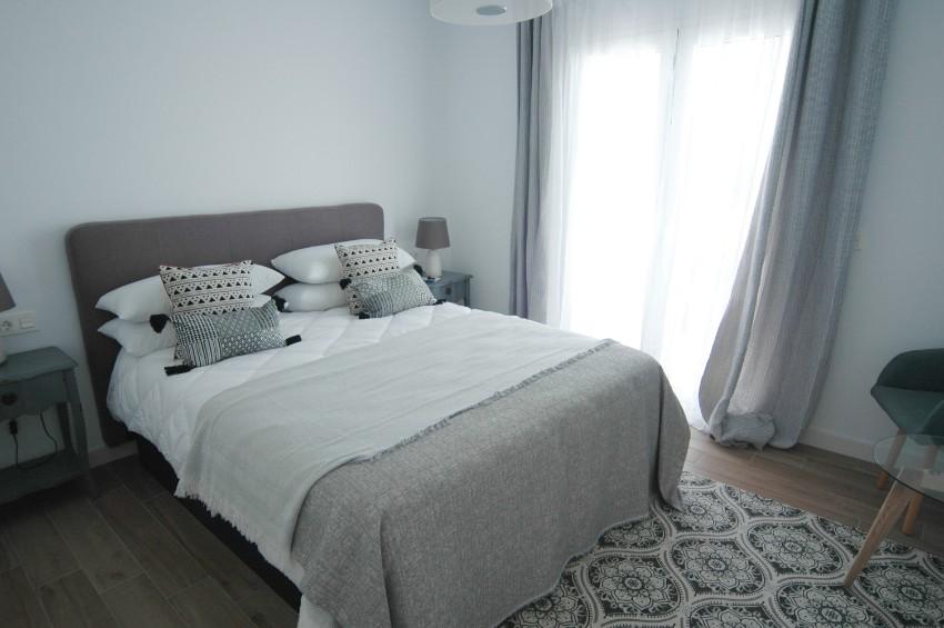 LVC304469 Double bedroom